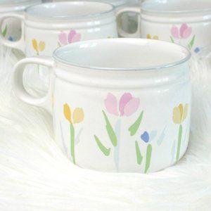 8 vintage cups ceramic floral pattern Studio Nova